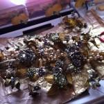 gerbes de fleurs en cours de restauration